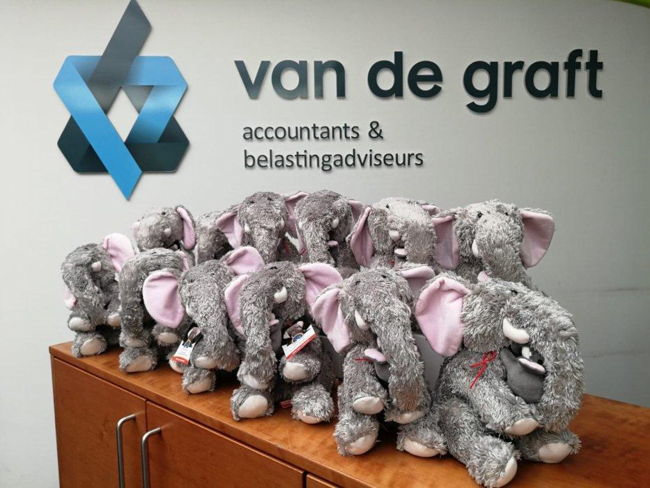 Villa Joep knuffel bij Van de Graft Accountants